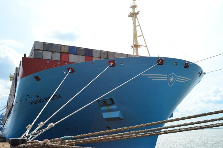 container-ship-429951_1280